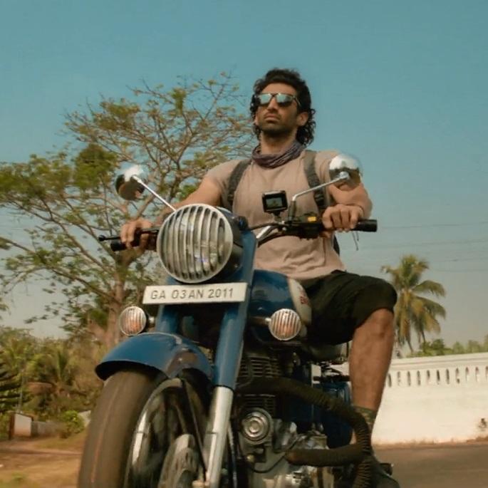 کاراکتر آدویت در فیلم هندی ملنگ