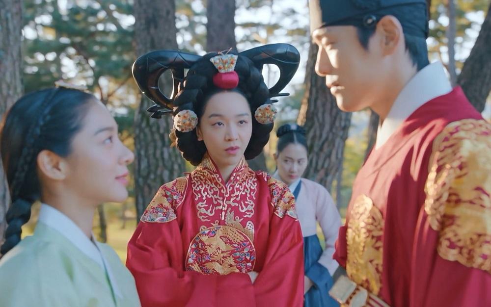سکانس بامزه ی اقای ملکه در سریال کره ای آقای ملکه (Mr. Queen)