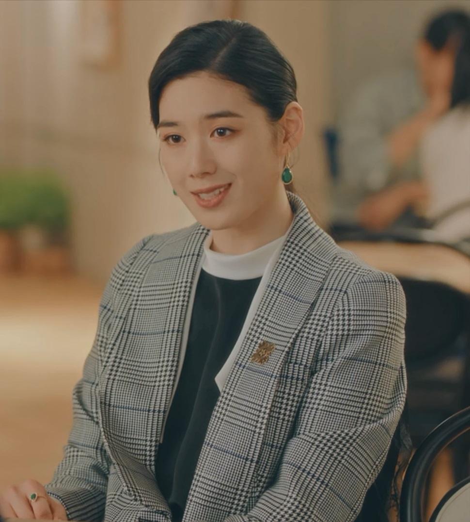 Jung Eun Chae in The King: Eternal Monarch Korean Drama (2020) نقد و بررسی سریال کره ای پادشاه: سلطنت ابدی (The King: Eternal Monarch)