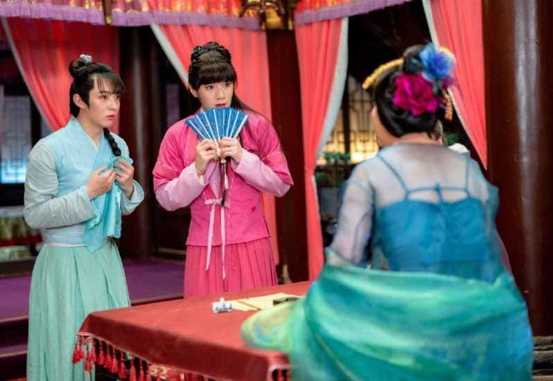 سکانس خنده دار سریال در نقد سریال چینی عاشقانه های خوآ رونگ (The Romance Of Hua Rong)