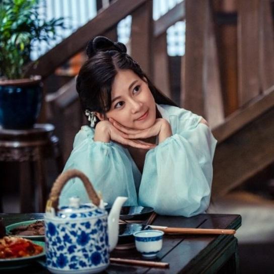 در نقد سریال چینی عاشقانه های خوآ رونگ (The Romance Of Hua Rong) Zhao Zhao Yi